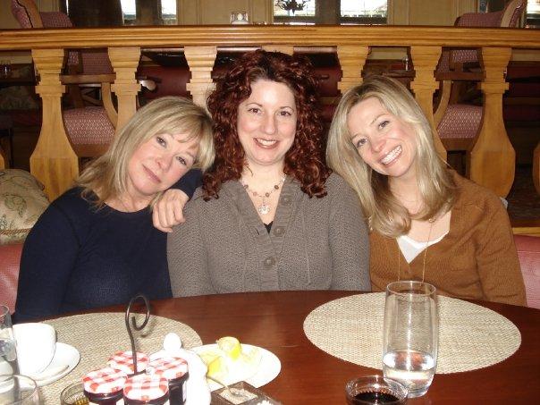 Becky, Holly, Jolie in Aspen 2009